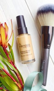 Osmosis Colour Foundation with Brush