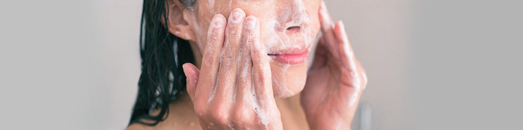 Wash Oily Skin Regularly